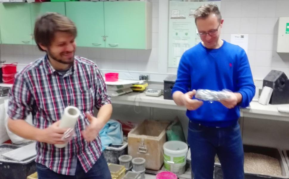 Laboratorium w którym powstają trocinobetonowe budki lęgowe dla ptaków